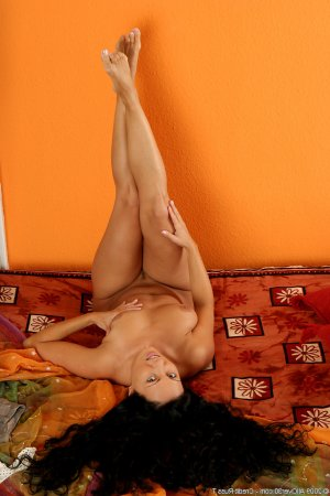 Marie-coralie polish escorts in Rotherham